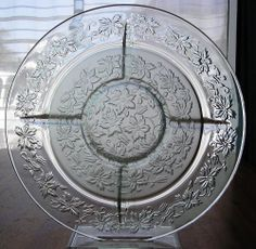 Princess House Crystal Fantasia Floral Round Chip & Dip Divided Serving Tray
