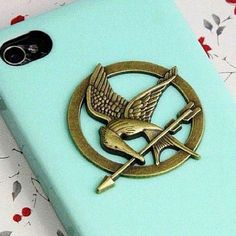 hunger games case! need this!(: