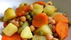 Tocana de cartofi cu mazare si naut Fruit Salad, Curry, Food, Kitchens, Fruit Salads, Curries, Essen, Meals, Yemek