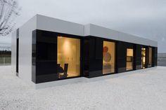 Contemporary Sleek White Modular Small House Design by A-Cero exterior design Prefabricated Houses, Prefab Homes, Modular Homes, Minimalist Architecture, Contemporary Architecture, Small House Design, Modern House Design, Residential Architecture, Interior Architecture