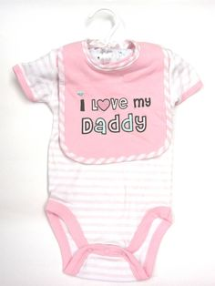 I love my daddy baby bodysuit plus bib set