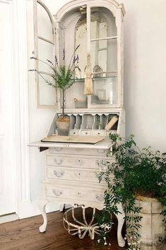 Rustic White Secretary Desk With Hutch Modern, Antique, And Vintage Secretary Desk Design Ideas To Fit In The Living Room And Other Rooms As Well. Painted Secretary Desks, Antique Secretary Desks, Secretary Desk With Hutch, Desk Hutch, Farmhouse Furniture, Vintage Furniture, Painted Furniture, Furniture Nyc, Urban Furniture
