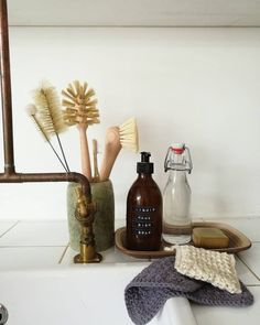 Switching to all natural household products and items can be daunting .Switching to all natural household products and items can be daunting. Here is a list of our favorites to make switching easier at this