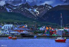 Puerto de Ushuaia / Ushuaia port. Tierra del Fuego, Argentina / Fin del mundo: Ushuaia retratada por viajeros | Lugares de Viaje