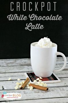 Crockpot White Chocolate Latte | Slow Cooker Sunday on TodaysCreativeBlog.net