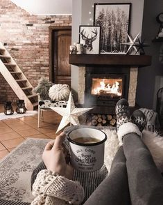 hygge living room Grey living room ideas with fireplace best of tatiana✖️home✖️decor on inst Living Room Ideas 2019, Best Living Room Design, Diy Living Room Decor, Living Room Grey, Small Living Rooms, Living Room Designs, Cozy Living Room Warm, Decor Room, Warm Home Decor