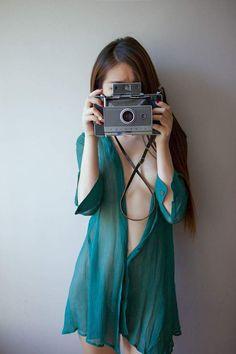 http://107092.peta2.jp/624576.html #鏡とカメラの淫らな関係