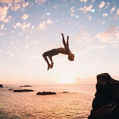Sunset dreaming... and back-flip goals by @dylancobern #citybeachaustralia