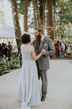 Bridal Veil Lakes Wedding - photo by Hazelwood Photo http://ruffledblog.com/bridal-veil-lakes-wedding | Ruffled