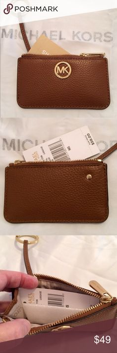 MK Fulton Leather Key Holder Luggage Leather zippered key /card pouch! Michael Kors Accessories Key & Card Holders