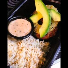 OUR Hawaiian TURKEY BURGER! . 1/3lb burger with grilled pineapple avocado topped with our not so secret sauce! Served with a side of cilantro lime brown rice! Fat:18g  Carbs:72g Protein:40.6  Calories: 761 (Serving Size: 6oz Protein & 1C brown Rice) . Customized meal prep available. Add our turkey burger to your plan today! Do you even burger bro? Order yours today with your 5 or 10 meals plan! Email in bio. . . Ask us about our new budget friendly plans! . Its hump dayyy!  While your at…