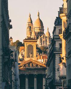 Paris... Sacre Coeur, Overlooking Montmartre