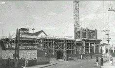 Início da construção do Santuário Santa Isabel Rainha, Vila Santa Isabel, anos 50. Acervo: Paróquia