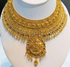 Gold Chain Design, Gold Bangles Design, Gold Jewellery Design, Gold Jewelry Simple, Simple Necklace, Fashion Jewelry, Gold Fashion, Fashion Necklace, Gold Temple Jewellery