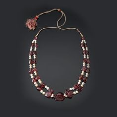 Spinel and pearl necklace from the Mughal Empire. The Al Thani Collection.