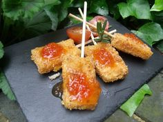 Goat cheese lolli pops
