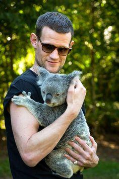 Matt Smith and koala, Australia Zoo, Brisbane, 11.05.15 Doctor Who Cast, Eleventh Doctor, British Actors, British Men, Lily James, Don't Blink, Matt Smith, Geronimo, Film Serie