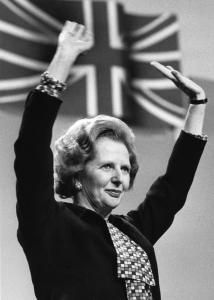 Margaret Thatcher October 1925 - 8 April aka The Iron Lady. Love her or loath her, you cannot deny that she loved her country and she will always be Britain's first female Prime Minister. Today In History, Women In History, British History, Good Riddance, Margaret Thatcher, The Iron Lady, British Prime Ministers, Great Leaders, World Leaders