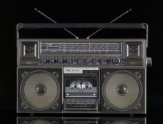 CLASSIC STEREOS