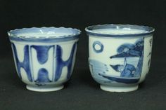 Japanese Antique IMARI porcelain Hand Painted B&W 2 Sake Cup/SOBA Cup