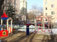 Закрытая площадка в Денежном переулке