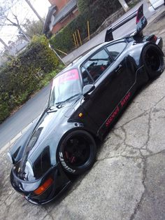 Porsche shot via RAUH Welt-BEGRIFF (RWB)964