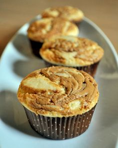 Self Frosting Biscoff Cupcakes  using tj's cookie butter