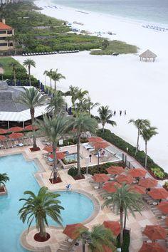 Florida Gulf Coast Beaches, Naples Restaurants, Places To Travel, Places To Go, Marco Island Florida, Family Friendly Resorts, Island Resort, Style Blog, Family Travel
