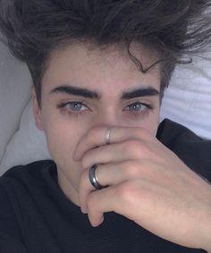 look at those eyelashes