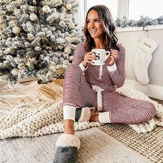 Sleepwear Women, Loungewear, Sleep Set, Instagram Fashion, Joggers, Comfy, Guys, Womens Fashion, Pants