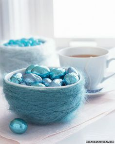 How to create a yarn-wrapped nest for holding Easter candy