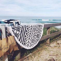 tuesday's girl: the beach people / sfgirlbybay