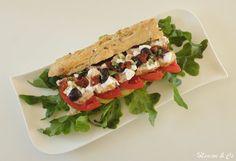 """Le sandwich de mes rêves de Corinne du blog """"Mamou & Co"""" inspiré du blog """"Recettes diététiques et gourmandes"""" Sandwiches, Food, Greedy People, Daughter, Kitchens, Paninis, Meals"""