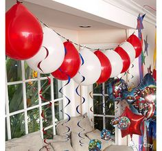 Make your birthday celebration the most heroic ever with Avengers party ideas from the Party City team. Avenger Party, 4th Birthday Parties, Birthday Fun, Birthday Ideas, Surprise 30th Birthday, Birthday Celebration, Transformer Party, Avengers Birthday, Balloon Garland