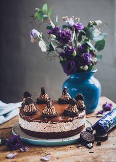 Oreo suklaakakku I Kakku I Suklaa I Leivonta I Leivonnainen I Resepti I Ohje I Oreo chocolate cake Chocolate Oreo Cake, Cheesecake, Baking, Desserts, Recipes, Food, Tailgate Desserts, Deserts, Cheesecakes