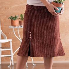 Fun skirt inspiration: the one pleat skirt. Free sewing project.