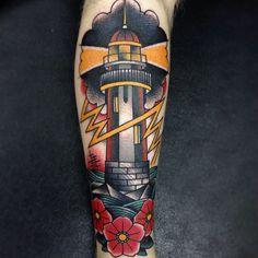Tattoo Lighthouse bolt and roses. Tatuagem Farol Raios e Rosas