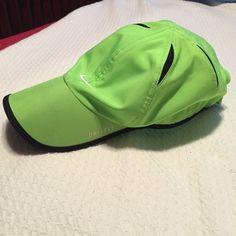 Nike workout hat