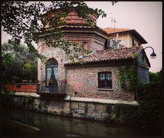 Naviglio Martesana Urban, Mansions, Landscape, House Styles, Beautiful, Bella, Heart, Events, History