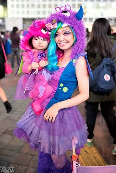super cute mom & kid ... Halloween 2014, Shibuya, Tokyo. tons more photos here: https://www.flickr.com/photos/tokyofashion/sets/72157648605936290/    31 October 2014   #couples #Fashion #Harajuku (原宿) #Shibuya (渋谷) #Tokyo (東京) #Japan (日本)