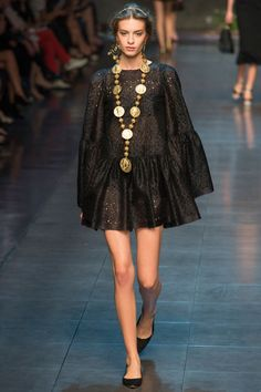 Dolce & Gabbana Spring 2014 RTW - Review - Fashion Week - Runway, Fashion Shows and Collections - Vogue