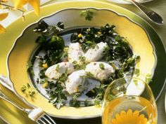 Forellenmousse ist ein Rezept mit frischen Zutaten aus der Kategorie Kalb. Probieren Sie dieses und weitere Rezepte von EAT SMARTER!