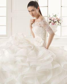 ed69c332a1 Espiral - Rosa Clará - Esküvői ruhák - Ananász Szalon - esküvői,  menyasszonyi és alkalmi ruhaszalon Budapesten