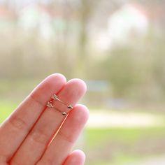 oorbel-arrow-roségoud boho style €2,99  http://whatawonderfulwedding.nl/product/oorbellen-arrow-rosegoud/