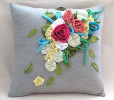 More fabric flower ideas. Hand Embroidery, Machine Embroidery, Creative Crafts, Diy Crafts, Wooden Hoop, Traditional Paintings, Pin Cushions, Fabric Flowers, Etsy Shop