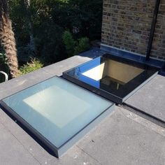 Lightwell & Lean-to Roofs · 1st Folding Sliding Doors Extension Designs, House Extension Design, Roof Extension, Flat Roof Skylights, Lean To Roof, Roof Lantern, Roof Light, Glass Roof, House Extensions
