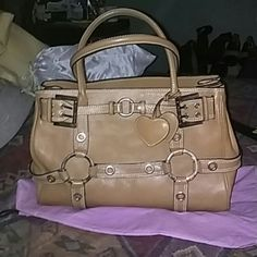 """Luella """"Giselle"""" Stunning, like new Luella """"Giselle"""" purse. This is the larger of thus line. No marks, stains or any thing taking away from its beauty inside or out. TV $500 i absolutely adore this bag and am in no rush to give it away. Must be the right trade. Luella Bags Satchels"""