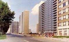Linkeroever in de jaren 1980. De sociale woningbouw aan de Halewijnlaan, omstreeks 2010 gerenoveerd.