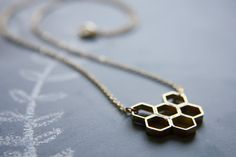 Honeycomb Necklace #necklace / #honeycomb