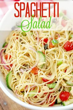 Spaghetti Salad recipe from The Country Cook. The classic recipe full of veggies and topped with a yummy Italian dressing. Always a hit! Summer Spaghetti, Onion Relish, Absolut Vodka, Chicken Curry, Roast Chicken, Country Cooking, How To Cook Pasta, Salad Recipes, The Best